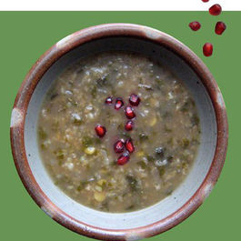 1-spinach-pomegranate-soup-persian-food