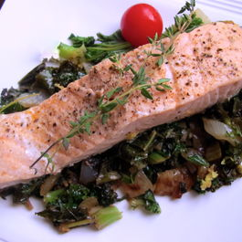 Salmon on Kale with Lemon and Thyme