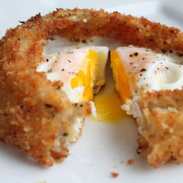 Egg-onion-ring-cut-high