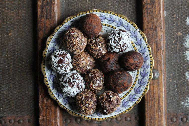 Beet Chocolate Protein Balls