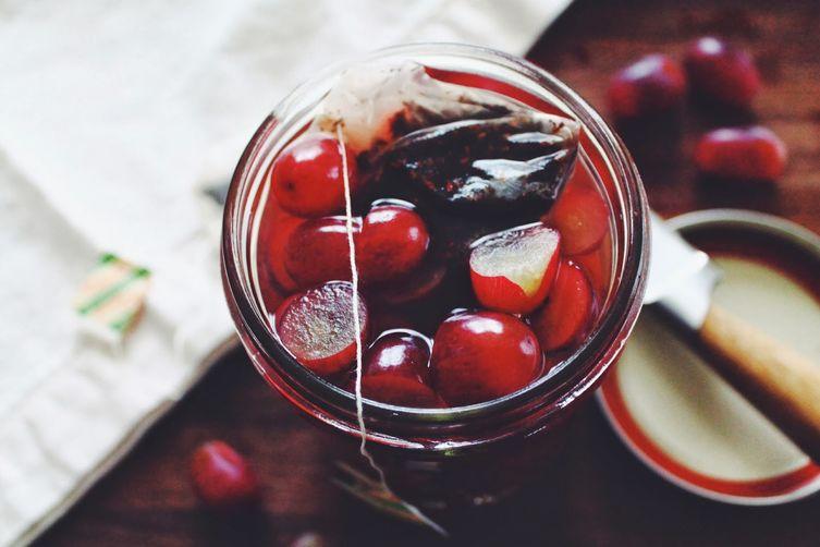 Pickled Chai Grapes