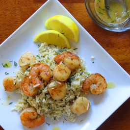 Scallops-shrimp-dill-rice-with-lemon-mustard-vinaigrette