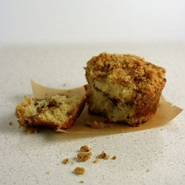 Mini Cinnamon-Raisin Coffee Cakes