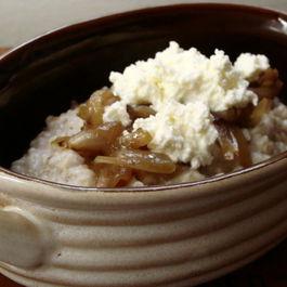 Caramelized Onion, Ricotta & Steel Cut Oats
