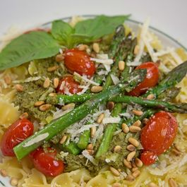 Asparagus_over_pesto_and_farfalle_edited-1