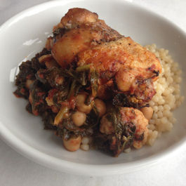 Braised_chicken_with_kale__chickpeas__cauliflower_and_tomato
