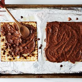 2014-0401_small-batch_chocolate-covered-matzoh-052