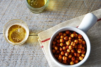 2014-0422_cp_roasted-chickpeas-cajun-style-010