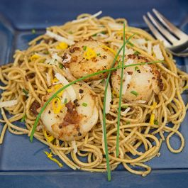 Quick and Easy Scallop Pasta...