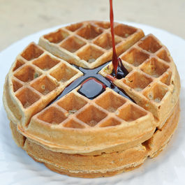 Ras_al_hanout_pistachio_belgain_waffles_with_pomegrante_and_honey_syrup