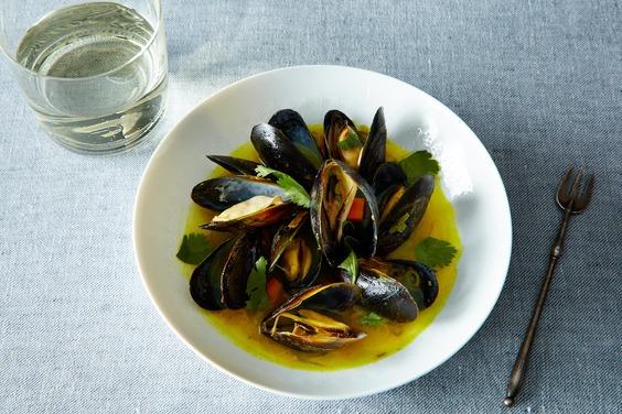2014-0429_wc_mussels-w-ginger-lemongrass-coriander-008
