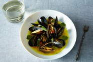 Mussels with Spices, Ginger, Lemongrass and Coriander