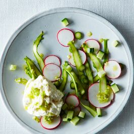 2014-0429_wc_jewels-of-spring-salad-w-burrata-011