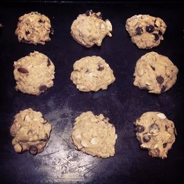 Choc-Oat Chip Cookies