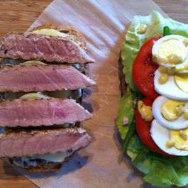 Grilled_tuna_nicoise
