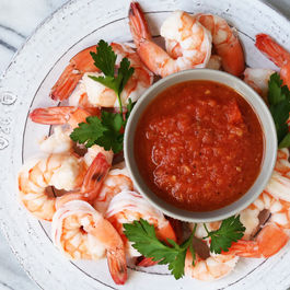 Cocktail-sauce-with-shrimp