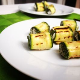 Grilled_zucchini_rolls
