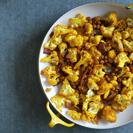roasted cauliflower & spiced chickpeas