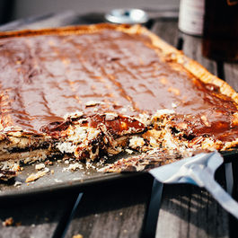 S'mores Pop-Tart Slab Pie