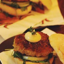 crabcake burger