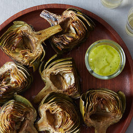 Grilled-artichokes-tarragon-lemon-aioli_food52_mark_weinberg_14-07-01_0358