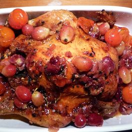 Delicious Roast Chicken with Muscat grapes and white wine