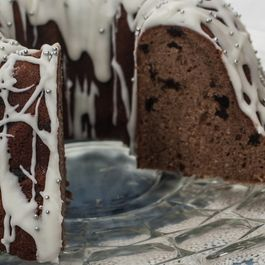 Gingerbread Bundt Cake with Ginger Glaze