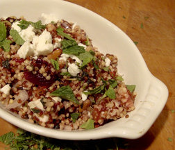 Quinoa_feta_and_blood_orange_salad