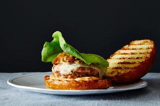 2014-0715_bacon-turkey-burgers-010