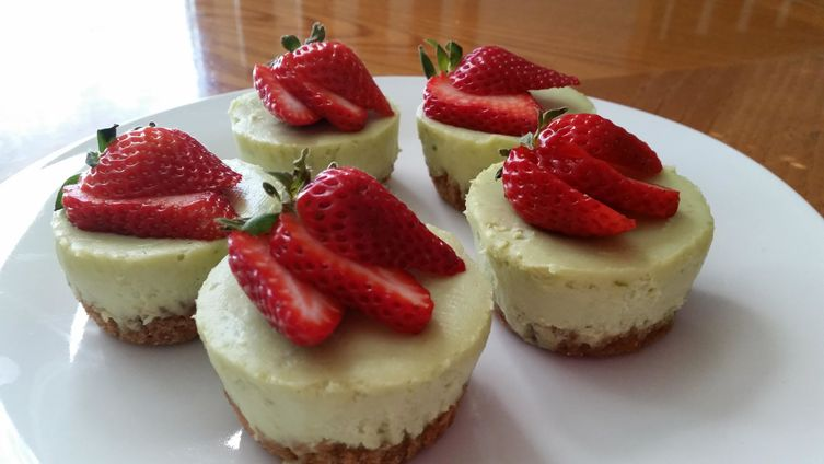 Avocado Lime Cheesecake Cupcakes