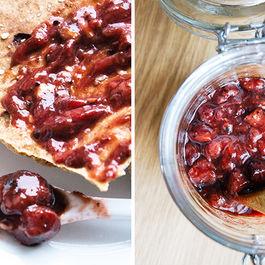 Balsamic-strawberry-jam-vertical1