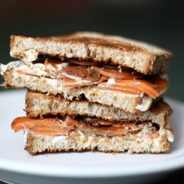 Caramelized carrot and cream cheese sandwich