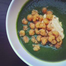 Spinach Soup with Toasted Chickpeas