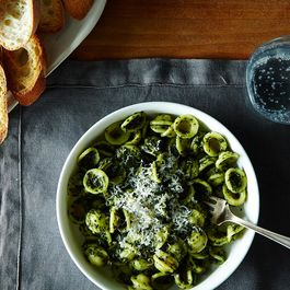 2014-1007_orecchiette-with-kale-pesto-025