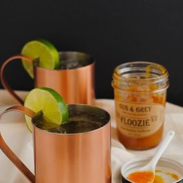 Peachy Keen Moscow Mules