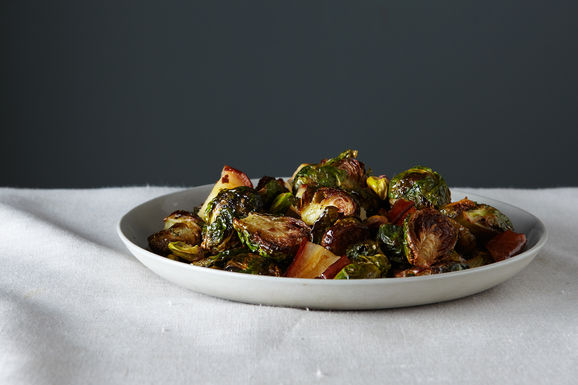 2014-1021_roasted_brussel_sprouts_with_pears_pistachios_278