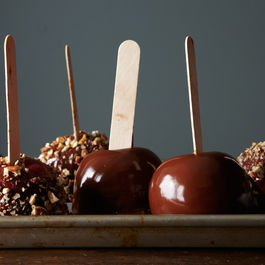 2014-1021_how_to_make_caramel_apples_500