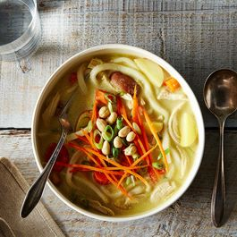 2014-1010_massaman-inspired-chicken-noodle-soup-029