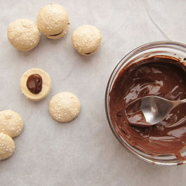 Turkish-coffee-meringues-6