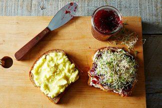 2014-1031_cranberry-sauce-sandwich-011