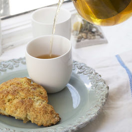 Pear_and_ginger_scone