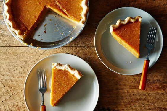 2014-1028_classic-sweet-potato-pie-006