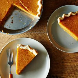 2014-1028_classic-sweet-potato-pie-006