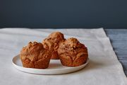 2014_1202_f52edit_wholegrainsweetpotatomuffins2140
