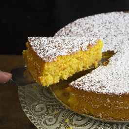 Orange_and_almond_cake