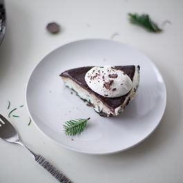 Peppermint-ice-cream-pie-1