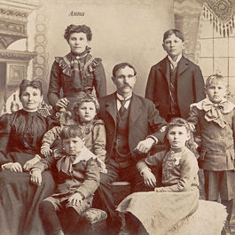 Anna-schmidt-and-family