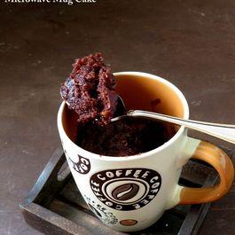 1 Min Chocolate Mug Cake - Eggless