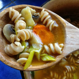 Chickenless_noodle_soup1