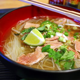 Cheater-pho-bo-vietnamese-noodle-soup-1